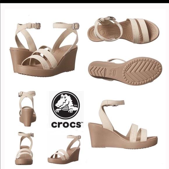 b21b7317912 Crocs Women's Leigh Wedge Sandal